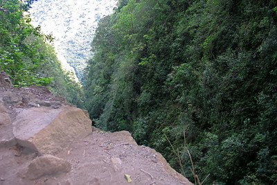 Pololu Valley Hike on the Big Island of Hawaii