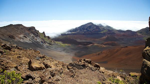 Looking along Ko'olau Gap, the summit valley of Haleakala.