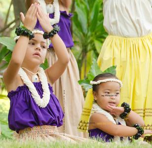 hula girls sit 1844