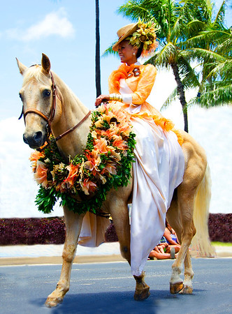 Princess on horse  parade 0612 7950
