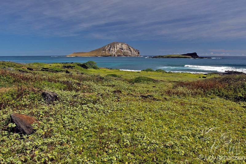 Manana Island (Rabbit Island) and Kaohikaipu Island (Turtle Island)