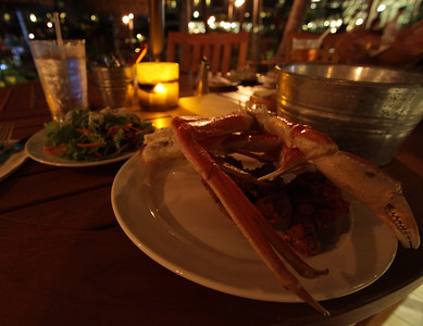 All You Can Eat Crabfest, Ocean Pool Bar and Grill, Ka'anapali, Maui
