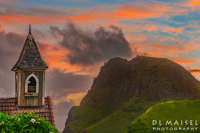 Old Kahakaloa Church Steeple & Kahakaloa Head