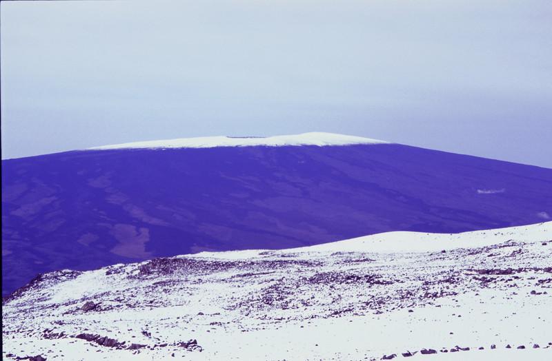 View of Mauna Loa from Mauna Kea #KEA2006-9