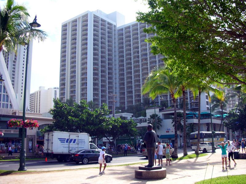 27.  Waikiki Marriott.JPG
