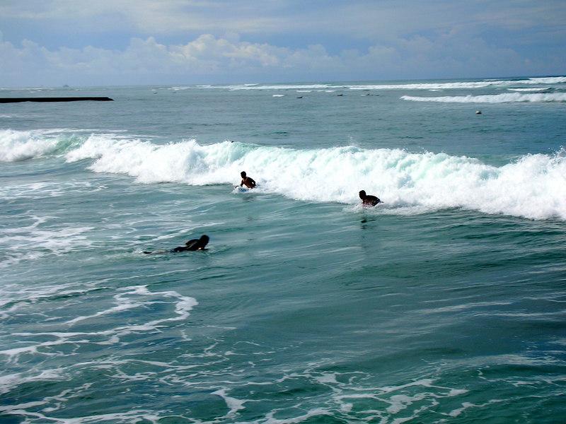 37.  Waikiki Beach Scene.JPG