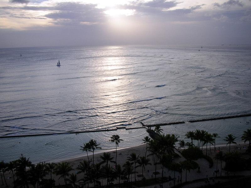 64. Waikiki Beach Scene.JPG