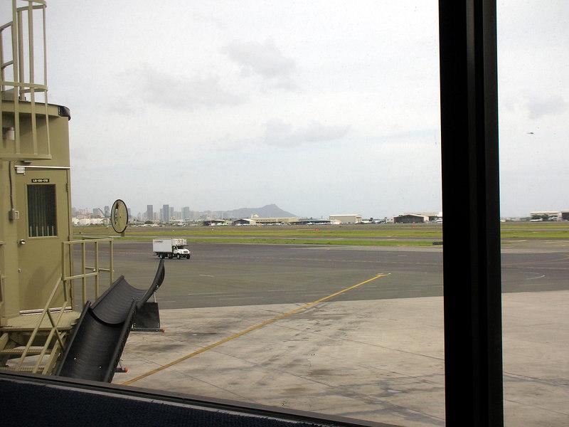 105. View from Honolulu Airport.JPG