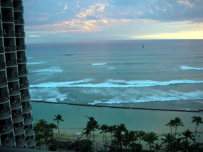 21  Morning in Waikiki
