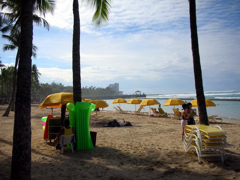 29.  Waikiki Beach Scene.JPG
