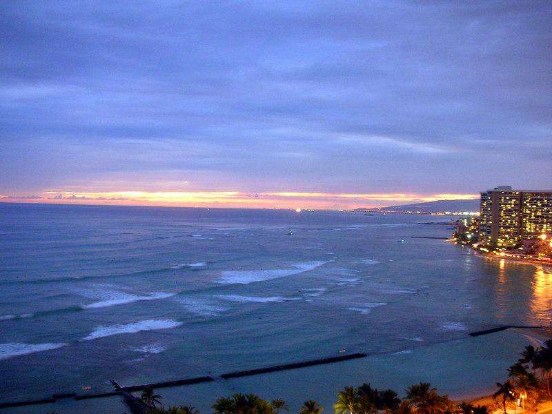 44. Waikiki Beach Sunset.JPG
