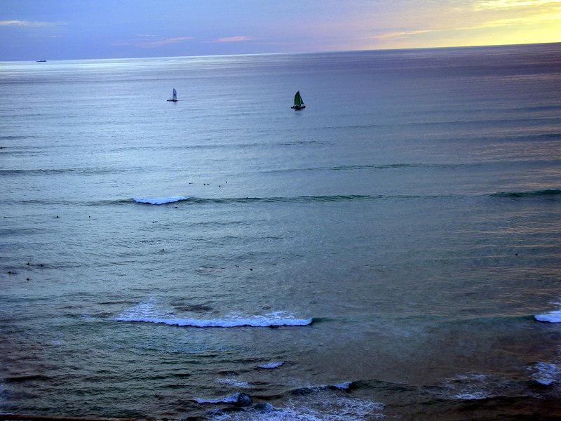 11. Waikiki Beach Scene.JPG