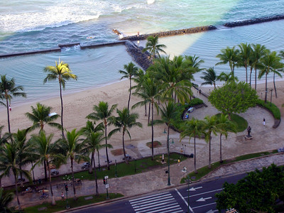 24  Morning in Waikiki