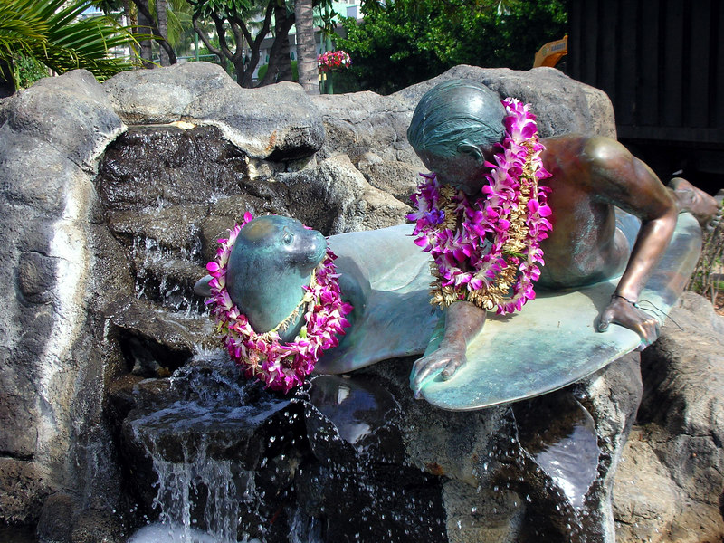 31.  Waikiki Beach Scene.JPG