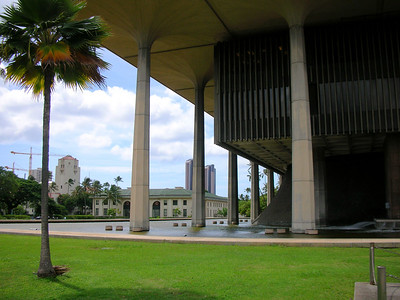 17  Hawaii State Capitol Surrounded by Water as an Island