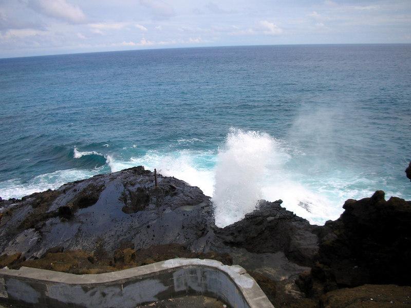 09. Halona Cove.JPG