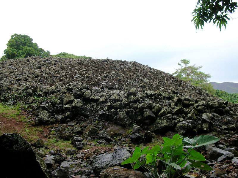 52. Ulupo Heiau Hawaiian Temple.JPG