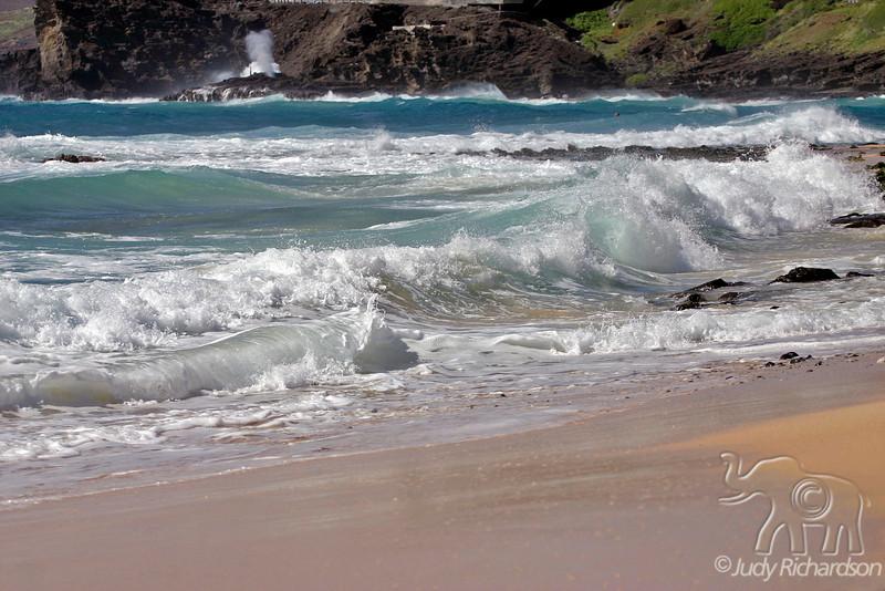 Dangerous undertow & surf at Sandy Beach, O'ahu