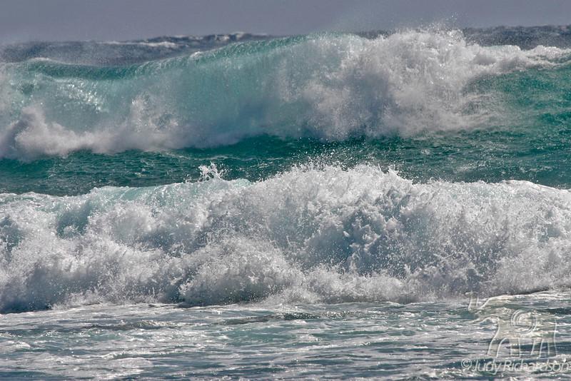Massive winter surf off South Shore of O'ahu ~ Sandy Beach