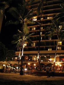 19  Outrigger Waikiki at Night