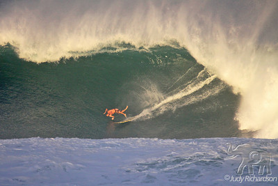 Bailing out of Big wave at Waimea!