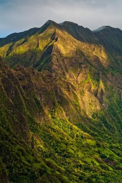 Ko'olau Mountains