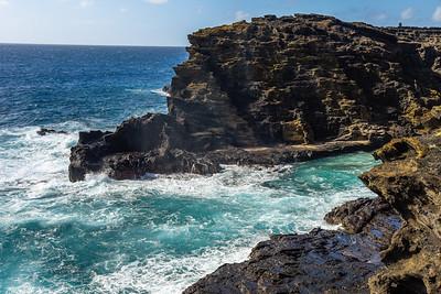 Rocky cove (Oahu)