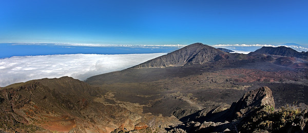 Overlook from Haleakala - Hawaii, The Big Island, on the horizon