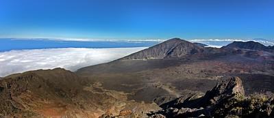 Overlook from Haleakala - Hawaii, The Big Island, on the horizon