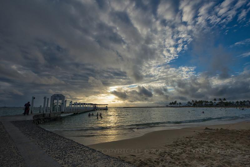 Waikiki Cloudscape