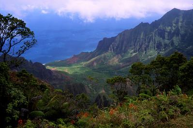 Na Pali Coast, Kaua'i, Hawaii.