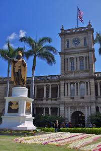 Kamehameha Statue and Aliʻiolani Hale Before the Event