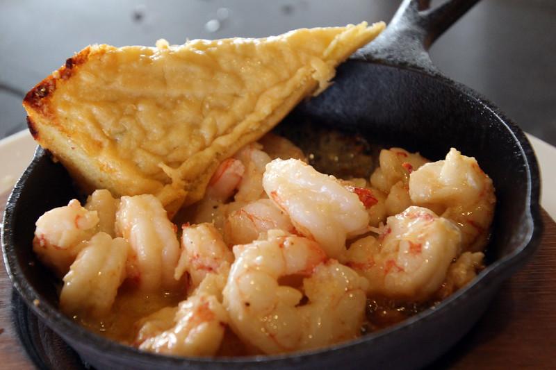 Hawaii, Kauai, Lava Lava Happy Hour, Sizzling Shrimp