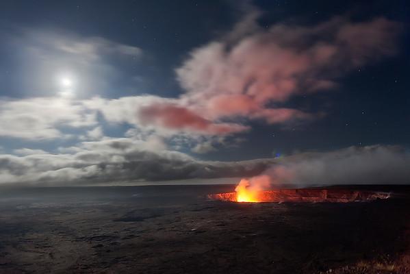 """Honey Moon"" over Halemaumau Crater, 6/13/2014"