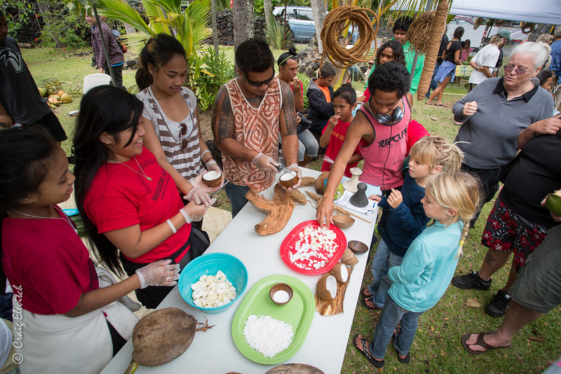 Members of Micronesians United share their deep knowledge of coconut and breadfruit.