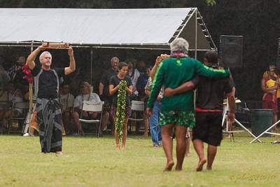 Award presentation in the rain... a piece of the Hokule'a - 06/25/11