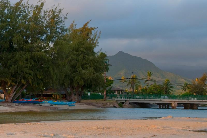 Kailua Beach Park in Early Morning (2009)
