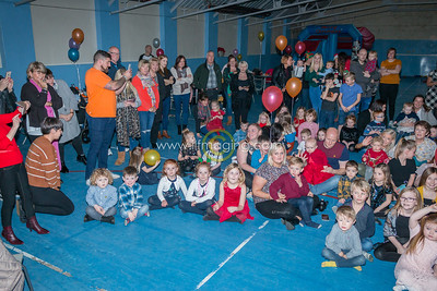 18 ILF Dec Barries Kids Party 0003