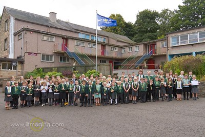 16 ILF OCT Drumlanrig Gold Award Medal winners & School Council 0003