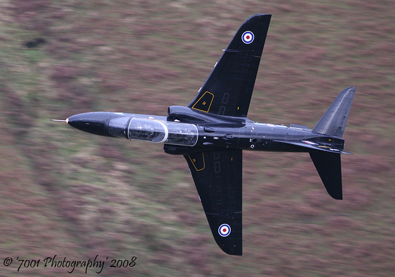 XX185/'185' (208(R) SQN marks) Hawk T.1 - 17th December 2008.