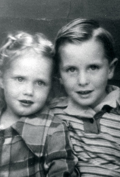 Tom (5) & Carol Cotton (4) while living on Grevilla St., Hawthorne