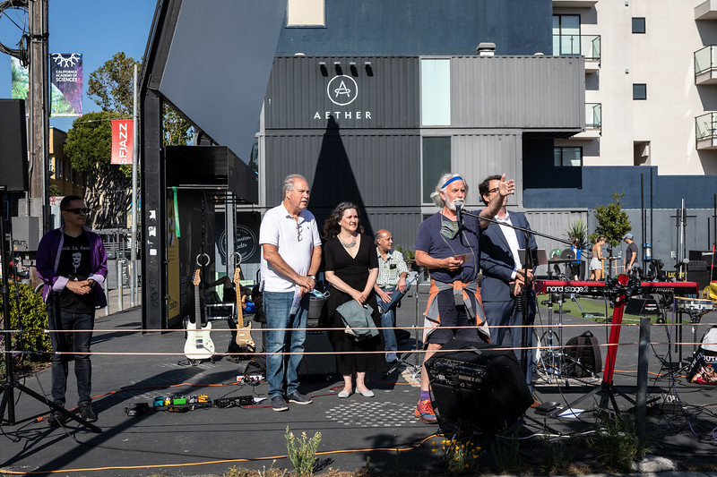 DAISY_ROSE_COBY_2021_HAYES_VALLEY_REOPENING_CELEBRATION_0058