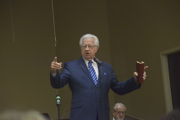 Photo of Brother David Fisher preaching