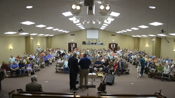 Todd Bozeman anounces record attendane in Sunday School