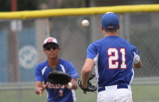 Pflugerville defeats Hays 1-0 in ten innings in game two of bidistrict playoff series