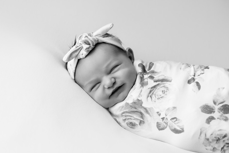 HazelNewborn02