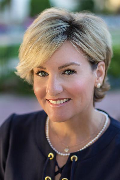 Lisa Putnam Headshots-7-Edit-2-HR