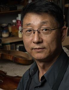 Heeyoung Kang - violin maker