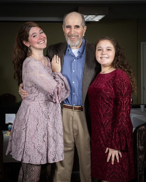 Amelia, Papa, Rachel