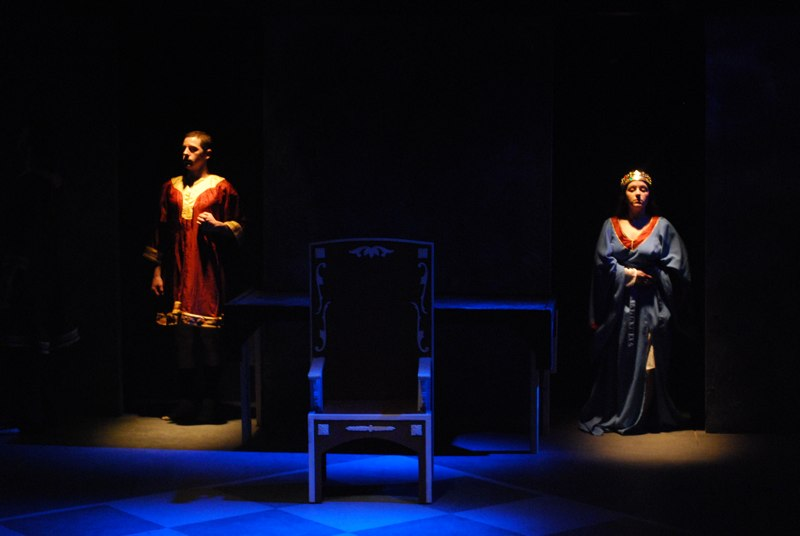 Henry IV - Halcyon Theatre Co., 2008<br /> <br /> Greg Polijacik and Denise Santamauro<br /> Director/Set Design: Tony Adams<br /> Lighting Design: Tom McGrath